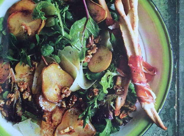 Pear and manchego salad
