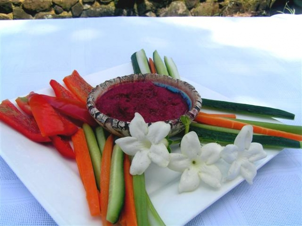Use your organic beetroot crops to make delicious home-made organic dip.